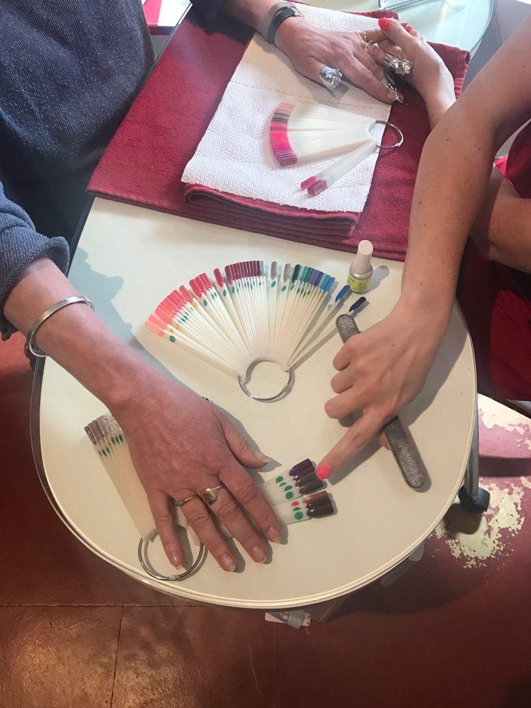 Choosing nail colour